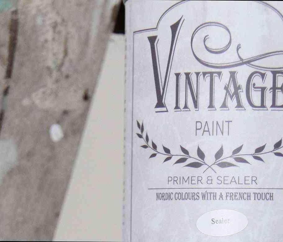preparazione del fondo senza carteggiatura per la vintage paint